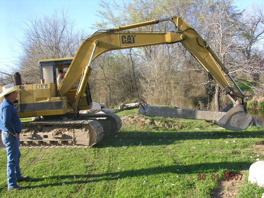 CAT  Track Hoe Don and Clarence Bodiford