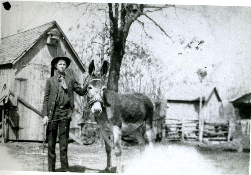 Ed Okonski 1925