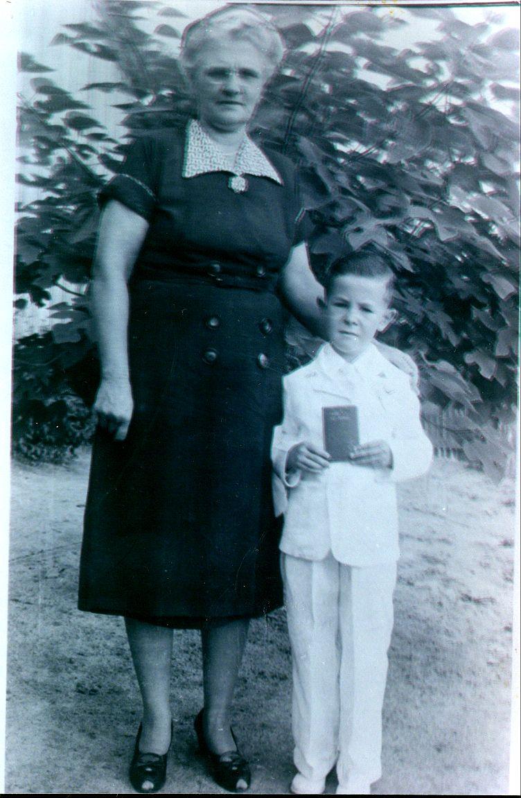 Josie Novak Bielamowicz & Gene Okonski 1954