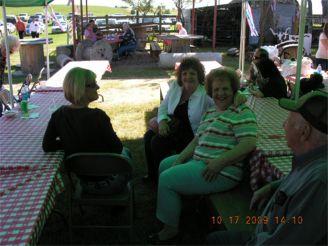 Mrs Storemski, Pam Wachel