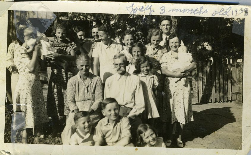 Ed, Helen, Michael & Sophia Novak, Helen's sisters etc  July 1938
