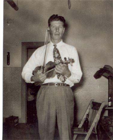 Steve Okonski 70 years Fiddler