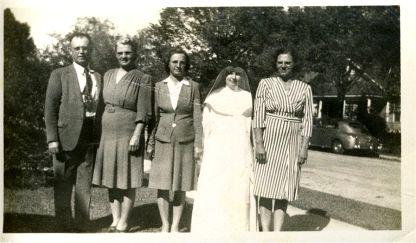 Stanley & Josie Nowak Bielamowicz, Helen Nowak Okonski, Sister  Florence, Vickie Nowak Okonski