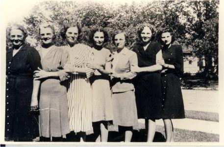 Seven Nowak Sisters Mary Josie Vickie Rose Helen Connie Ann