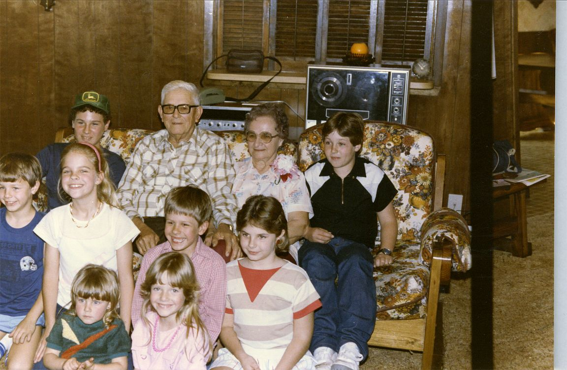Ed, Helen & Grandchildren